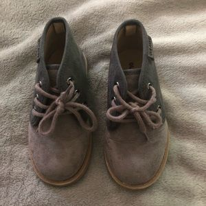 Old Navy suede Chukka Boot